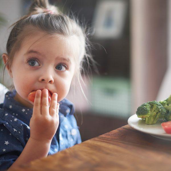 Mio figlio non mangia la verdura: che fare?